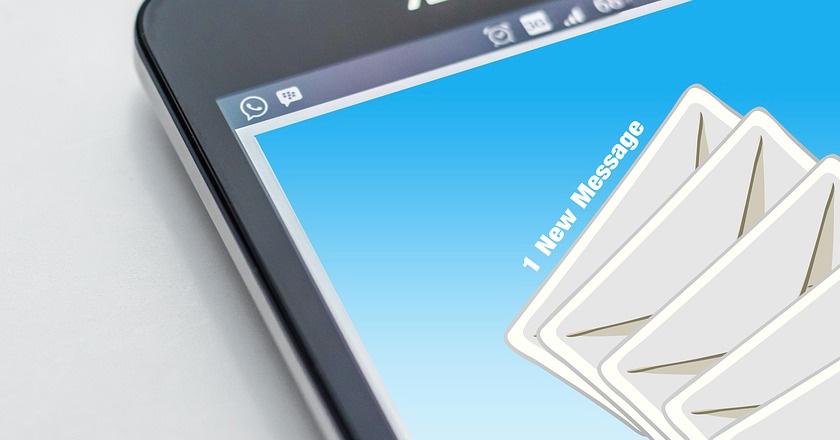 El Gobierno envía miles de emails a propietarios de webs por la Ley SSI